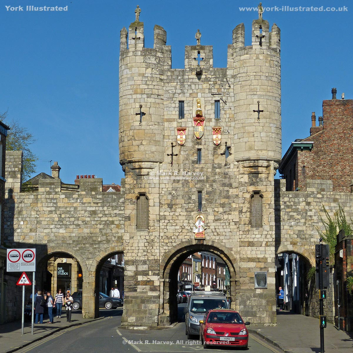 Photograph: The southeast (outward-facing) elevation of Micklegate Bar (York).